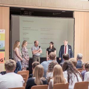 Interviewrunde mit Unternehmensvertretern. (Bild: Christoph Gabler)